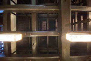 杜塾美術館天井の梁