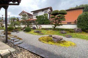 杜塾美術館の庭